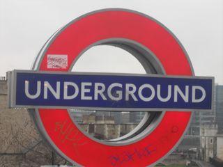 London4 003